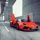 Kırmızı Araba 8