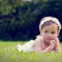 Papatya Taçlı Çocuk