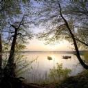 Dağ ve Göl Manzarası