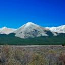 Karla kaplı Dağlar