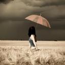 Şemsiyeli Kız 3