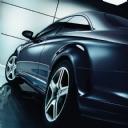 Siyah Mercedes