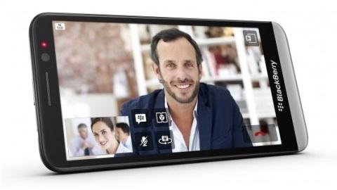 5 inçlik BlackBerry Z30 resmen duyuruldu