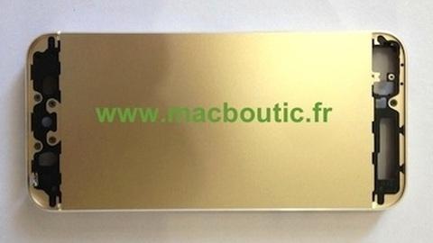 Altın renkli iPhone 5S'nin kasa parçaları görüntülendi