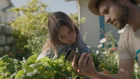 Apple iPhone 5s için 'Ebevenylik' isimli yeni reklam filmi