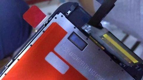 Apple iPhone 6s'nin ön paneli görüntülendi
