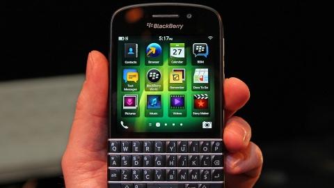 BlackBerry Q10 İngiltere fiyatı belli oldu