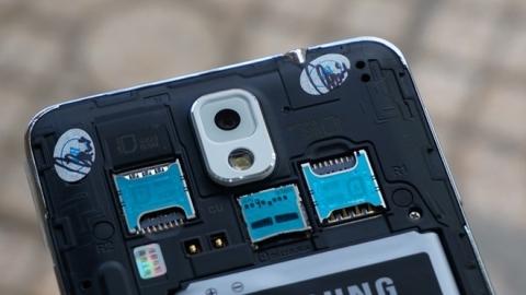 Çift SIM kart yuvalı Galaxy Note 3 piyasaya sürüldü
