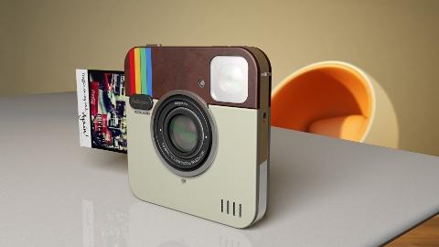 Instagram uygulaması Socialmatic ile gerçek hayata taşınıyor