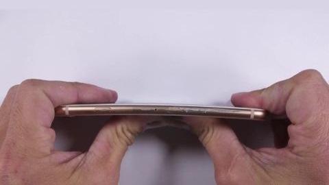iPhone 8 dayanıklılık testi