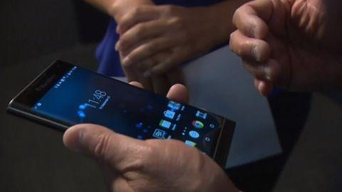 Kavisli ekrana sahip BlackBerry Priv resmen doğrulandı