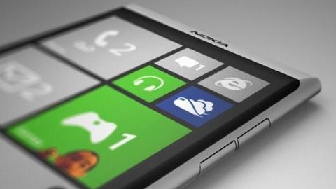 Nokia Lumia 928 afişlerdeki yerini aldı