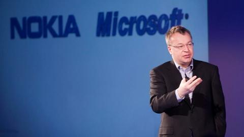 Nokia'yı Microsoft'a hibe eden Stephen Elop görevinden ayrılıyor
