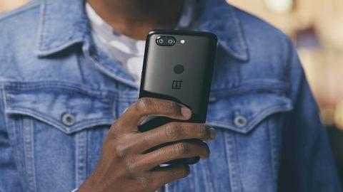 OnePlus 5T satışa çıktığı ilk günde rekor kırdı