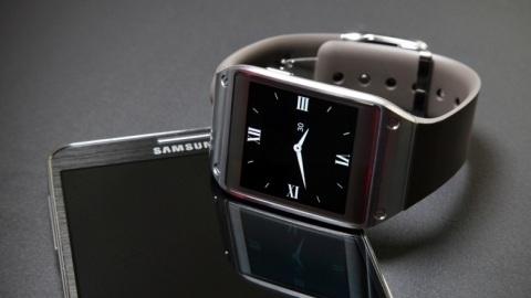 Samsung 800.000 Galaxy Gear sevkiyatı gerçekleştirdiğini açıkladı