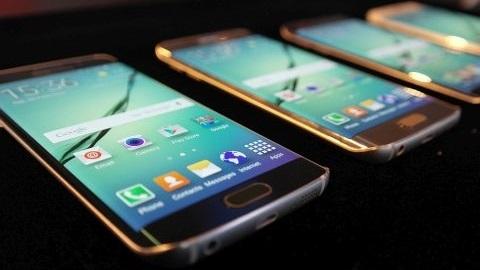 Samsung, esnek OLED üretimini 2015 sonuna kadar üç katına çıkaracak