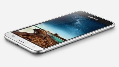 Samsung Galaxy J3 resmiyet kazandı