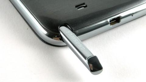 Samsung Galaxy S4 satışları Galaxy Note 3'ü daha erken getirtebilir