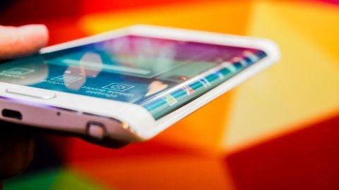 Samsung, Note 5 Edge'nin dışında üçüncü bir Edge telefonu hazırlıyor