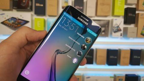 Samsung'un 5,7 inçlik yeni Edge telefonu Galaxy S6 Note adını alabilir