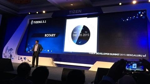 Samsung'un yuvarlak ekranlı akıllı saati Gear A doğrulandı