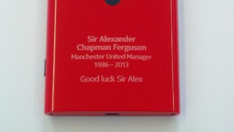 Sir Alex Ferguson için özel Nokia Lumia 920