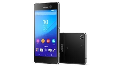Sony Xperia M5 duyuruldu: 21,5 MP kamera, Helio X10 çipset