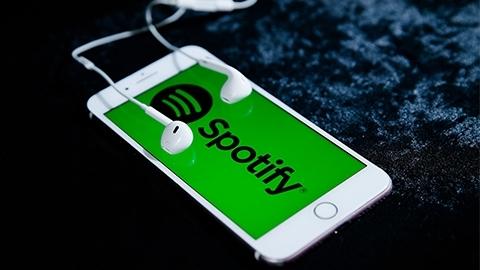 Spotify'de Dokunmadan Şarkı Nasıl Değiştirilir?
