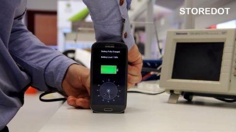 Video: 30 saniyede telefon şarj edebilen yeni nesil şarj aleti