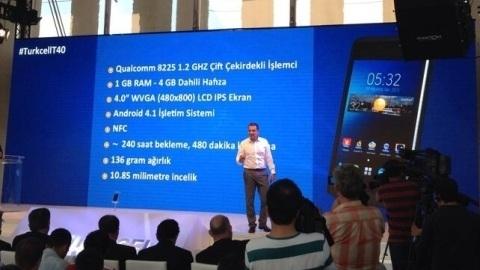 Turkcell, Gebze kod adlı ilk yerli akıllı telefonu T40'ı tanıttı