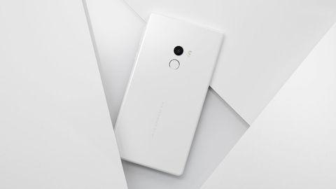 Beyaz Xiaomi Mi MIX tanıtıldı