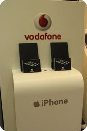 Vodafone iPhone 3G - iPhone standı